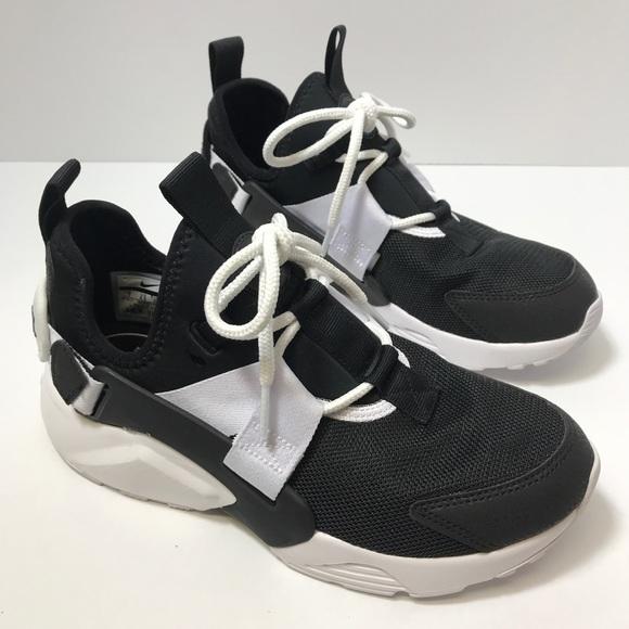 puerta Sequía manzana  Nike Shoes | Womens Air Huarache City Low Casual | Poshmark